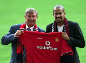 Veron signs for Man United