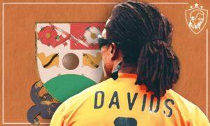 Edgar Davids at Barnet - Ultra UTD